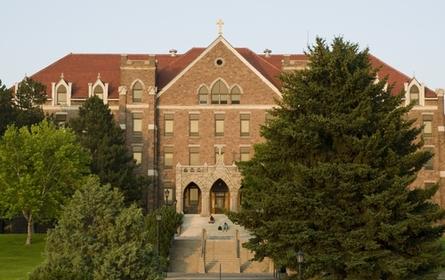 college-photo_13530._445x280-zmm
